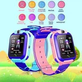 Smartwatch jam hp anti air untuk anak SD SMP tipe Q12B warna biru pink