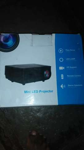Projector HD high quality