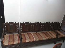 5 SEAT sofa set chiniot
