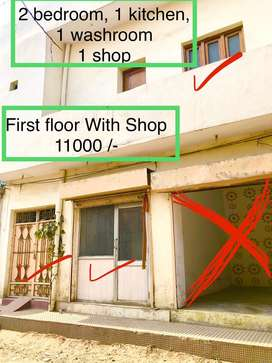 Near ravidas chowk, 2 shops, 2 bedrooms, 1kitchen, 1 washroom for rent
