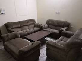 Sofa 9 Seater (3+2+2+2) with Centre table