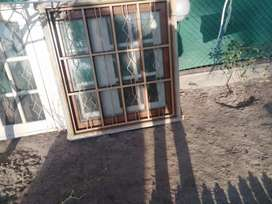 Used solid wooden windows for Sale