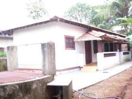 Self contained House/Rooms for Rent
