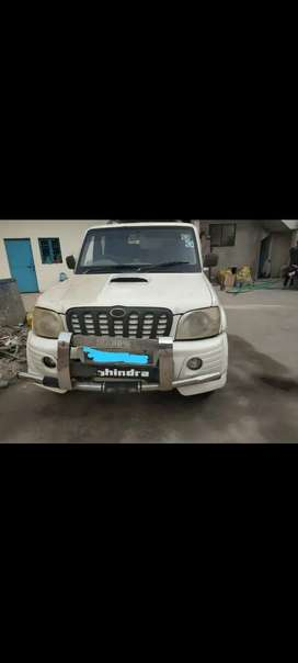 Mahindra Scorpio 2008 Diesel Well Maintained With LCD SCREEN