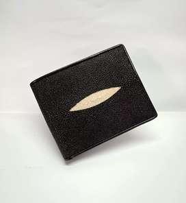 Dompet kulit ikan pari