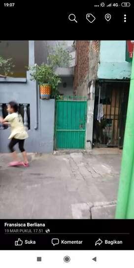 Rumah Kantong, di jual cepat,BU, mau pulang kampung