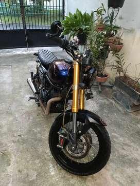 Kawasaki W175 SE Full Custom (Bonus Spare part Custom terpisah)