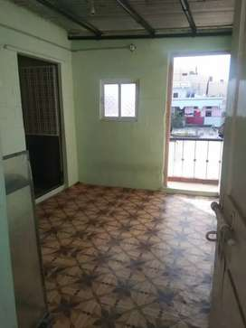 House for rent small family wife and husband only