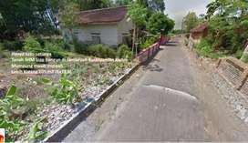 Tanah mangku jalan aspal, mobil bisa simpangan