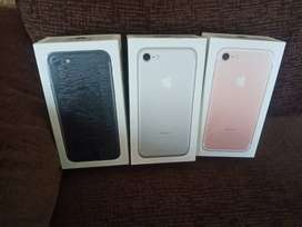 IPHONE 7 128GB / ALL COLORS AVAILABLE/ EXCHANGE AND EMI
