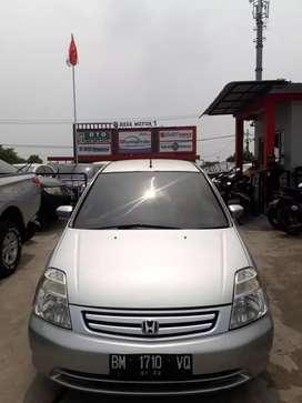 Honda stream 2002 matic