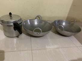 High quality  big aluminium vessels 2 and one 10 litre pressure cooker