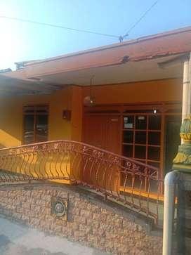 Dikontrakkan rumah dekat Kampus 4 KT, 2 KM dekat kampus dan fasum
