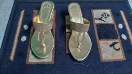 Women  footwear only cash payment