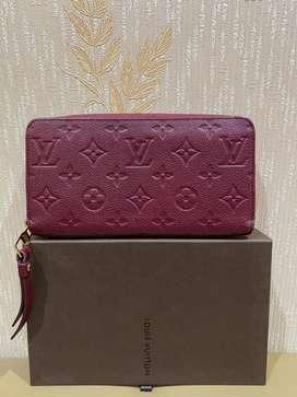 Louis Vuitton Women Zippy Wallet