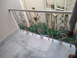 1 room (with balcony) available in 2 bhk house with