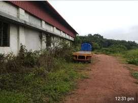 Eranakulam :  karimukal . Godown for rent 10.000 sgft