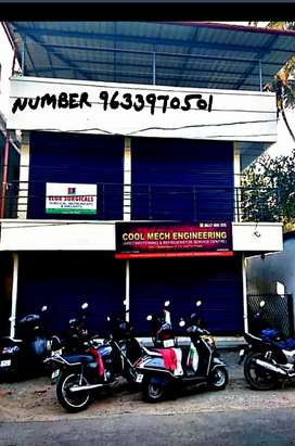 2 commercial Rooms for rent