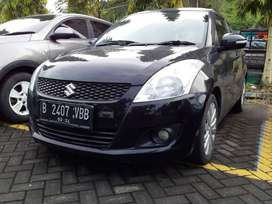 jual SUZUKI SWIFT GX th 2013 Hitam