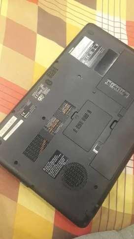 Thoosiba laptop 4gb ram good working