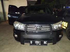 Mobil Toyota Fortuner 2.5 G Automatic Diesel