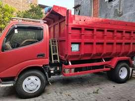 Dump truk Dyna HT 2014 akhir