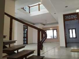 INDEPENDENT HOUSE FOR RENT IN BANJARA HILLS ROAD NO-12