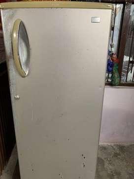 Single Door Refrigrator