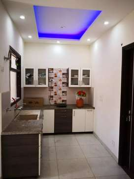 SECTOR 10 OWNER NEW FREE TWO BHK SECOND FLOOR