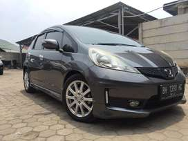HONDA JAZZ 1.5 RS AT 2011