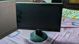 Assus LCD Monitor