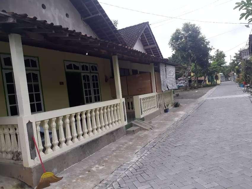 Rumah di sewakan monjali