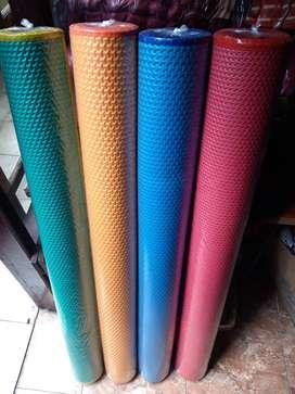 Tikar Karpet Spon Lantai Plastik, Empuk & Nyaman, Polos Tanpa Motif