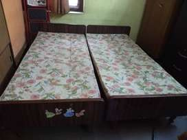Used double cot for sale