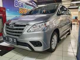 Toyota Inova E manual bensin 2015