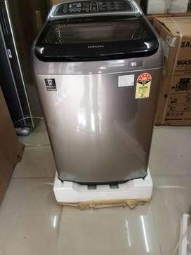 Brand new box pack Samsung 11kg washing machine top load.