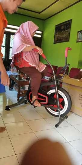 Sepeda statis platinum bike dual fungsi