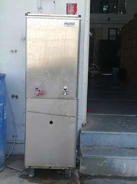 Voltas water chiller machine good condition