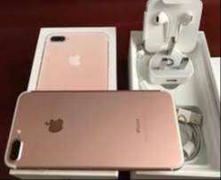 Popular camera with good battery life, iPhone 7 Gold available  iPhone