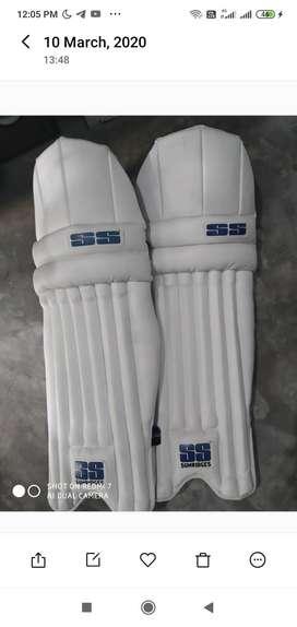 Cricket batting pads