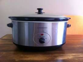 UK Imported Cookworks 6.5 L slow cooker in new condition