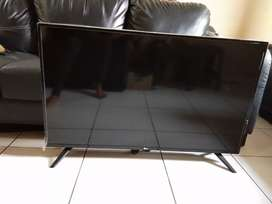 "Tv Led 43"" LG kaki2 Model 43LJ500T Digital (Unit Only)"