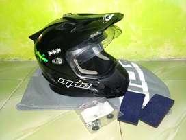 Helm MDS (hitam)