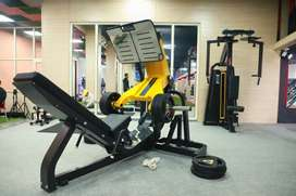 Gym branded setup for sale ( manufacturer)