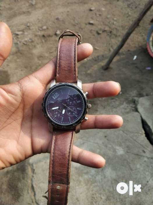 Round Silver Chronograph Watch With Brown Leather Strap 0
