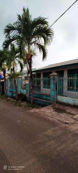 Rumah beserta tanah berbentuk kos-kosan 25 kamar