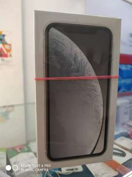 IPhone xr 64gb seal pack with onlline bill