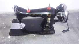 MERRITT STRAIGHT STITCH SEWING MACHINE
