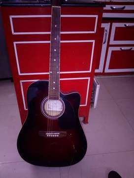 Kaps guitar in excellent condition without any damage , working perfec