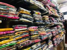 Whole set of women's wear at very low price cost 12lakh 50thousnd